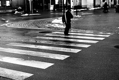 Crosswalk (Nikon FE2) (stefankamert) Tags: meinfilmlab wwwmeinfilmlabde stefankamert street crossing crosswalk bw sw baw blur people nikon fe2 nikonfe2 analog film kodak trix noir noiretblanc nikkor grain blackandwhite blackwhite monochrome mono