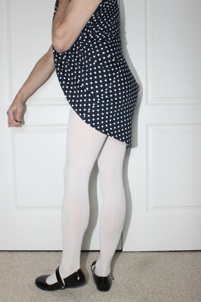 crossdresser stockings and pantyhose feet