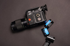 Rolleiflex SL 2000 F motor + Voigtlnder Color-Dynarex AR 2,8/135mm (siimvahur.com) Tags: rolleiflex 2000 ar sl f motor 28135mm voigtlnder rolleiflexsl2000f rolleiflexsl2000fmotor colordynarex voigtlndercolordynarexar28135mm