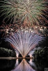 Fte Nationale - Ostricourt (R.D. Photographie) Tags: france pose 14 fe fte juillet nuit artifice nationale spectacle longue pyrotechnique ostricourt