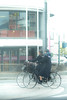 自転車ガール (Yuichi Yoshimoto) Tags: nikon d750 nikkor afsnikkor85mmf14g bicycle girl streetshot streetphotography streetsnap street