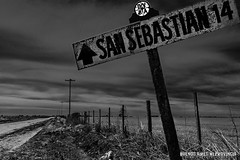 San Sebastian, Partido de Chivilcoy, Buenos Aires, Argentina (Juan C. Riccelli) Tags: buenosaires argentina sansebastian chivilcoy station estación rural campo countryside landscapes paisajes old viejo railway railroad ferrocarril hdr nikond7100 bw road camino way cartel poster postes blackandwhite