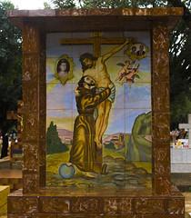 Cemitério (Vincent Zanicheli) Tags: cruz pedra cemitério dia diferente tudo depende do seu olhar pirassununga brasil interior são paulo céu lindo azul estatua arquitetura escultura arte pintira