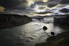 Goðafoss, island (impodi@gmail.com) Tags: goðafoss iceland island islandia cascada foss paisales panoramica agua largaexposicion waterfall cascade travel river landscape nikon d4