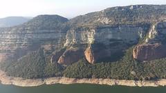 Playing bagpipes on the cliff. #pipes #pipers #bagpipes #cliff #cliffs #cingles #cinglesdetavertet #ter #valldesau #tavertet #sotdebalà #sacdegemecs #gaita #gaiter #bagpiper #osona #catalunya #natura #paisatges #llocs (ramonredorta) Tags: catalunya sotdebalà valldesau gaiter tavertet paisatges osona cinglesdetavertet cliffs cliff bagpipes gaita cingles bagpiper pipes llocs pipers ter natura sacdegemecs
