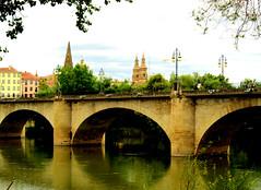 Puente de Piedra, Logroño, La Rioja, España. (PGARCIA.) Tags: puentedepiedra logroño larioja españa ríoebro caminodesantiago ríos puentes o bonito lugar bellamente captado en la imagen
