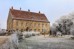 Im eisigen Wetter (Fotos4RR) Tags: eisig raureif obernbergaminn obernberg burgobernberg burg castle softrime icy chilly chill kälte oberösterreich upperaustria austria österreich