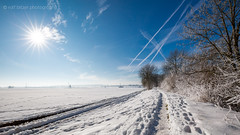 Winter Landschaft (ralf.bitzer.photography) Tags: 2015 bitzer blau blue buchsammy canoneos5dmark3 europa gries hüfingen jahreszeit kalt landschaft natur ralf raureif reif schnee schwarzwaldbaar sonne sonnenschein stroh stromleitungen strommasten winter blackforest canon cold deutschland germany himmel landscape nature ralfbitzerphotography ralfbitzerphotographygmailcom schwarzwald sky snow sun sunshine weather weis wetter white