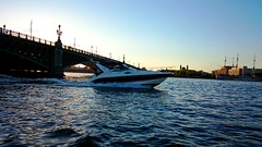 Neva river / Нева (Irina.yaNeya) Tags: russia saintpetersburg neva river water sky bridge boat waves city downtown rusia sunset río nevá sanpetersburgo agua cielo جسر puente barco lancha قارب أمواج olas ciudad مدينة غروبالشمس غروب puestadelsol россия питер санктпетербург нева река вода небо мост лодка катер волны город закат