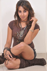 South Actress SANJJANAA Unedited Hot Exclusive Sexy Photos Set-16 (16)