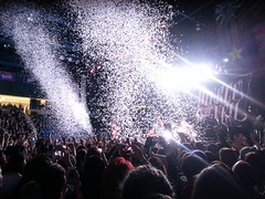 Pierce The Veil (TriciaLaing) Tags: concert massachusetts crowd confetti ptv lowell umasslowell theworldtour piercetheveil tonyperry vicfuentes jaimepreciado mikefuentes