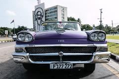 Belle Amricaine - La Havane - [Cuba] (old.jhack) Tags: car vintagecar cuba voiture caribbean convertibe lahavana fordfairlane dcapotable carabe lahavane tokina1116mmf28