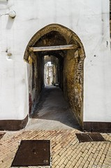 Porte di Bucchianico / Doors of Bucchianico (Abulafia82) Tags: door window pentax handheld porte freehand k5 finestre infissi manolibera amanolibera pentaxk5