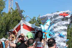 Gonna Need a Bigger Boat (Chicago John) Tags: seattle fair fremont parade solstice 2015 fremontfair
