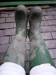 A 055 (rugby#9) Tags: muddyhunterboots muddyhunters muddyboots hunterboots buckles 8 size8 hunters green wellies wellingtons rubberboots boots rubber dirtywellies dirtywellingtons dirtyboots dirtyhunters socks bootsocks whitebootsocks whitesocks white outdoor path bricks