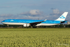 KLM Royal Dutch Airlines Airbus A330-303  |  PH-AKB  |  Amsterdam Schiphol - EHAM (Melvin Debono) Tags: klm royal dutch airlines airbus a330303 | phakb amsterdam schiphol eham melvin debono spotting canon 7d 600d airport airplane aviation aircraft plane planes polderbaan netherlands holland