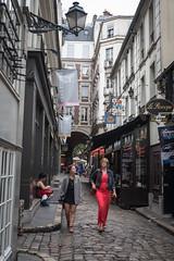 Evening in Paris, Rue de l'Ancienne Comdie (Oleg.A) Tags: paris france evening ledefrance