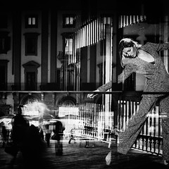 """Showtime !"" (helmet13) Tags: city people bw italy woman beauty fashion florence shopwindow nocturne windowshopping aoi 100faves peaceaward heartaward world100f leicaxvario chanelshopflorence"