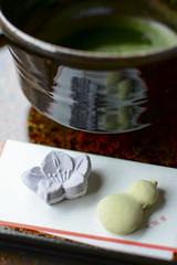 Maccha green tea and Japanese tea cake. (shp2100) Tags: green castle japan tea hirosaki maccha