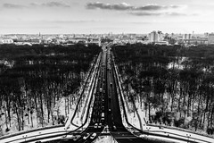 Berlin (politicsandmore) Tags: road tower siegessäule berlin forest snow winter bw street