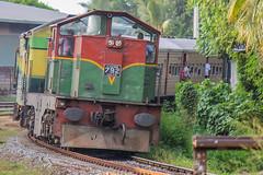"Sri Lanka Railway : M6 792 <a style=""margin-left:10px; font-size:0.8em;"" href=""http://www.flickr.com/photos/40608624@N00/18585586448/"" target=""_blank"">@flickr</a>"