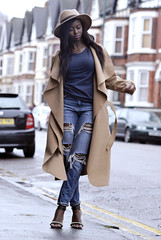street style (sandra_wesolowska) Tags: street nottingham blue hat fashion outfit coat ripped jeans trends camel heels brow