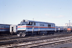 Amtrak P30CH #718 in Chicago, IL   4/11/76 (LE_Irvin) Tags: chicago amtrak p30ch