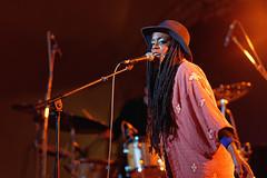 Akua Naru (mattrkeyworth) Tags: people zeiss würzburg musicfestival musikfest umsonstunddraussen sal135f18z udwue sonnart18135 akuanaru laea3 sonya7r ud2015 udwue2015