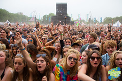 Lovebox 2015 Saturday 18th July, 2015. (summerfestivalguide) Tags: music dog festival victoriapark live stage gig festivals headline fest snoop act musicfestival eastlondon snoopdog lovebox anniemac hotchip 2015 musicphotography festivalphotography festivalphotos jessieware festivalsuk live2015 lovebox2015
