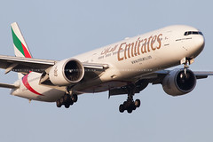 Emirates Boeing 777-36N(ER) cn 37704 A6-ECL (Clément Alloing - CAphotography) Tags: barcelona sky cn canon airplane airport mark aircraft bcn flight engine ground off aeroplane landing emirates ii take 5d boeing airways balcon aeropuerto spotting t1 barcelone 100400 37704 77736ner 07l lebl 25r a6ecl