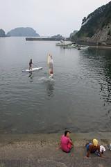 20150801-DS7_9236.jpg (d3_plus) Tags: sea sky beach japan nikon scenery daily telephoto  tele tamron shizuoka   sup dailyphoto 28300mm  izu 28300    tamron28300mm minamiizu  tamronaf28300mmf3563    a061  nikon1 telezoomlens d700  tamronaf28300mmf3563xrdildasphericalif nikond700 hirizo  standuppaddlesurfing  nakagi beachnakagi  beachhirizo misakafishingport  a061n