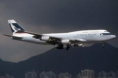 Cathay Pacific - Boeing 747-467 B-HOV @ Hong Kong (Shaun Grist) Tags: hongkong airport aircraft aviation airline boeing cathay 747 aeroplanes jumbo cathaypacific avgeek