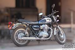Kawasaki-W800-Spy-Pics (11)