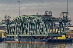Het 'val' van de Koningshavenbrug bijnaam: 'De Hef'- Rotterdam (Frans Berkelaar) Tags: rotterdam zuidholland nederland nl olympusm40150mmf28 koningshavenbrug val koningshaven dehef