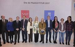 Día de Madrid en Fitur 2017 (cristina cifuentes) Tags: madrid tenemos un compromiso firme con el turismo sector que representa 7 del pib y año pasado generó 35000 puestos de trabajo fitur2017