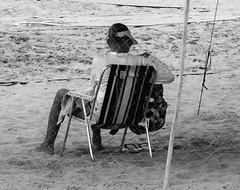 Estar na  praia / Standing on the beach (jadc01) Tags: beach d3200 mar nature nikon1855mm people pessoas praia riodejaneiro sky streetphotography water beachscape