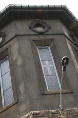 180515 094 (Jusotil_1943) Tags: fachada edificios cristaleras vidrieras ojodebuey farol