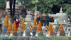 "PB140676-a (photozaki) Tags: india ""sujata kuti"" ""mahabohi temple"" ""mahabodhi mahavihara temple ""buddhist buddha buddhism ""bodhi tree"" bodhgaya gaya buddhist monk monks ashoka enlightenment ""vajrasan diamond throne"""