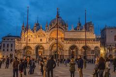 Duomo San Marco (Denise Alvarez García) Tags: veneza turistica turismo romantico cidade renascença italiana obras de arte monumentos praças igrejas gondolas