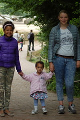 Farah, Jasmijn en Aime (Jan van den Berg) Tags: safaripark beeksebergen hilvarenbeek