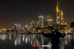 TheSkywillbymy (black_light_shot) Tags: skyline photo wasser foto fotografie frankfurt main natur stadt fluss nachtaufnahme hochhaus langzeitbelichtung