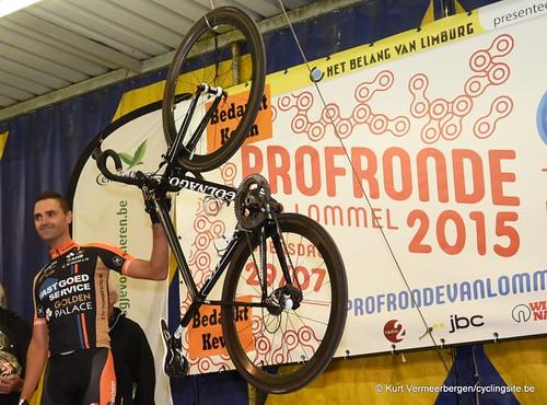 Kevin Hulsmans fiets aan de haak (13)