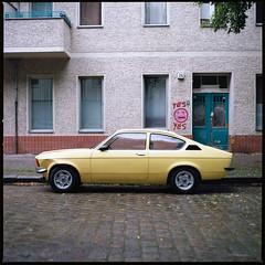 Opel Kadett C Coupe (gelb) (Konrad Winkler) Tags: auto berlin 6x6 oldtimer mittelformat strase kodakektar100 hasselbad503cx opelkadettccoupe epsonv800