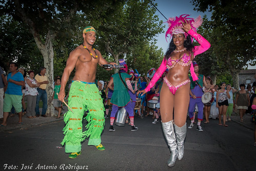 "Carnaval de verano 2015 • <a style=""font-size:0.8em;"" href=""http://www.flickr.com/photos/133275046@N07/19628032874/"" target=""_blank"">View on Flickr</a>"