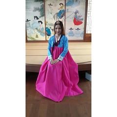 #iwokeuplikethis #iwokeuplikethis #องค์หญิงโปรดทรงหยุดจินตนาการเถอะเพคะ 🌸🌸🌸🌼🌼🌼 #한복 #hanbok #seoul #korea