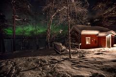 Sauna en el lago. Sauna by the Lake. (pitujrg) Tags: laponia lago lake lapland sauna cold auroras green color winter nieve angel snow finlandia finland aurora boreal borealis