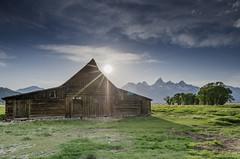 Moulton Barn & the Sun (northcoastgreg) Tags: mormonrow