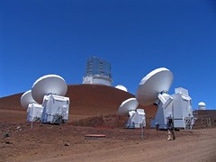 Mauna Kea: The Submillimeter Array (roddh) Tags: blue sky canon landscape volcano hawaii 123 bigisland telescopes cones maunakea pro1 cinder roddh