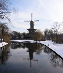 Leiden, 2006-03-03 (Eisbeertje) Tags: city holland leiden nederland ciudad 2006 stad maart 123nlmolens