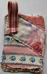 Fabric artist trading card sewn by @ihanna #ATC #scraps